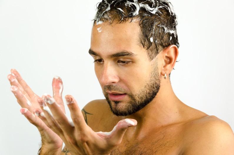 Calvitie pr coce quelles sont les solutions dhi france for Calvitie quelle coupe de cheveux